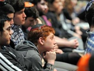 Имам и раввин выступили перед учениками иудейской школы