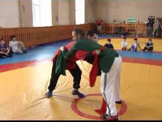 В Сибири  популяризуют борьбу «Корэш»