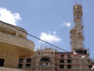 Мечеть в Абу-Гош в процессе строительства (фото 2013 г)
