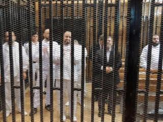 Свергнутый президент Египта Мухаммед Мурси со своими соратниками