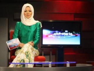 Зрители раскритиковали ведущую за «неисламский хиджаб»