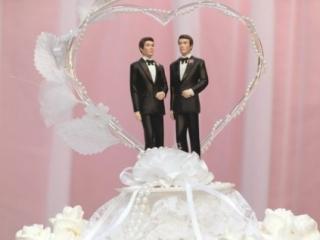 Конституция РФ позволяет гомосексуалистам заключать брак