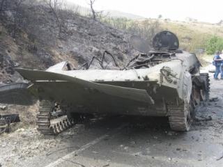 При взрыве БМП погибло четверо военных, еще несколько человек получили ранения