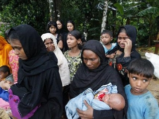 Мусульмане рохинья гибнут в лагерях без еды, воды и лекарств