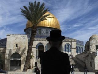 Возле священных мечетей Иерусалима построен иудейский храм. Пока только в макете