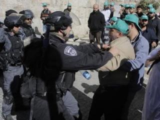 Палестинцы вновь пострадали при защите Аль-Аксы от радикалов