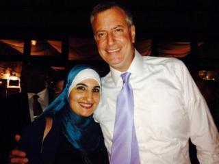 Мусульмане Нью-Йорка напомнят мэру де Блазио о его обещании