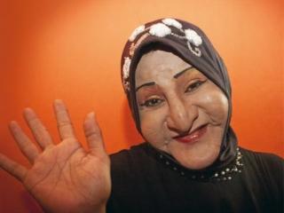 Медресе для трансвеститов в хиджабе открыло двери