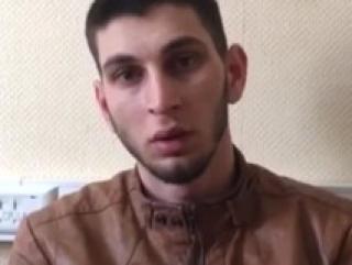 В московском метро четверо мужчин напали на уроженца Чечни