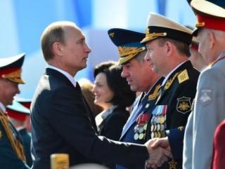 Президент может принять Парад Победы в Москве и Севастополе