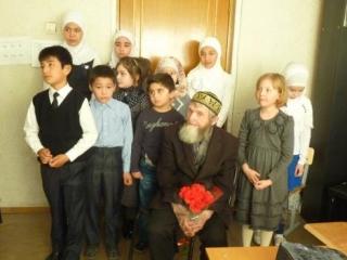 Мусульманские дети почтили память защитников Отечества