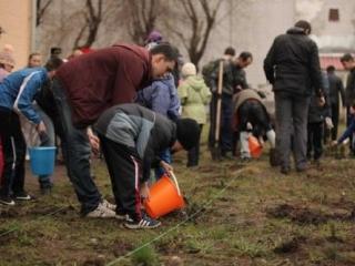 Прихожане мечети провели акцию «Посади дерево»