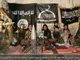 Боевики питают слабость к исламской символике