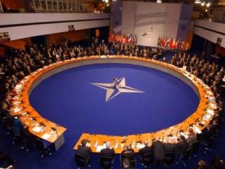 Войска НАТО хотят базироваться в Восточной Европе на постоянной основе