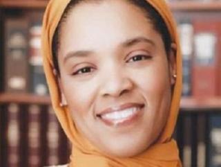 Мусульманка в хиджабе станет депутатом Конгресса