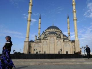В Чечне премируют наставников хафизов в 1 млн рублей
