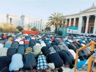 Афинская мечеть стала центром политических дебатов