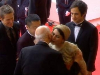 Иран: поцелуй актрисы в Каннах вызвал негодование консерваторов
