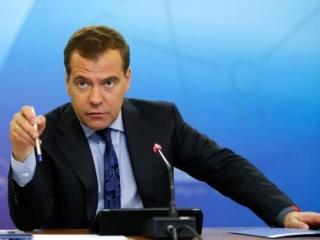 Медведев: Россия Украине не гарант