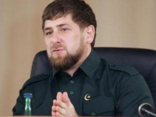 По словам Кадырова, руководство Украины продолжает использовать фашистские методы