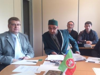 Уральский муфтий решает проблемы «шаг за шагом»