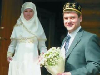 Жених Карим: молодой человек может обмануть девушку после того, как она поверила ему, выйдя за него замуж