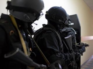 В ходе спецоперации было арестовано 10 человек
