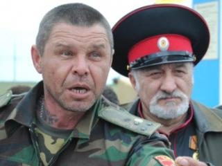 В киевском патриархате жалуются на людей в казачьих нарядах
