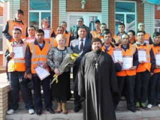 РПЦ издает Библию для узбекских мигрантов