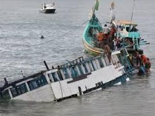 Около 70 мусульман пропали после кораблекрушения в Малайзии