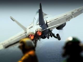 США решили напугать иракских «джихадистов» штурмовиками?