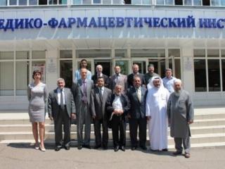 В делегацию вошли представители акадимических кругов мусульманского мира