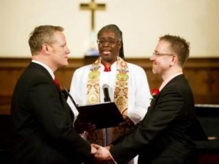 Пресвитерианская церковь одобрила однополые браки