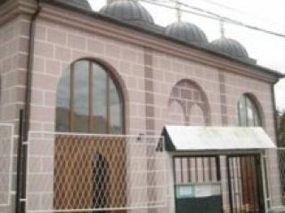 Нездоровый датчанин угрожал прихожанам мечети в Нове-Пазаре