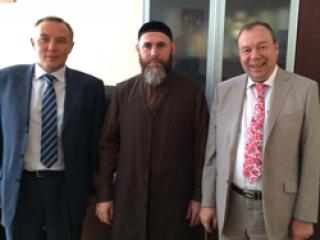 Новый муфтий Чечни нашел поддержку в Москве