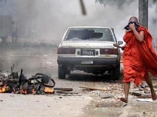 Буддийские радикалы вновь нападают на мечети