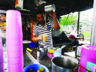 Рестораторы недовольны ограничениями в Рамадан