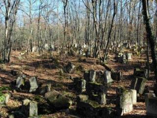 Татары похоронили единоверца из Бангладеш