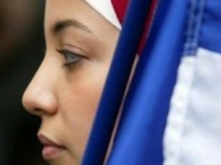Во Франции отменено постановление о запрете хиджаба… на пляже