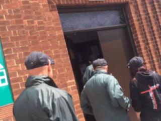 Праворадикалы вторглись в столичную мечеть с угрозами