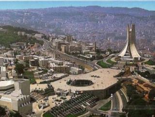 Правительство Алжира попросило имамов об «умеренности»