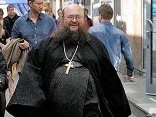 Игумен РПЦ надеется на меч Святого Георгия в борьбе с Украиной