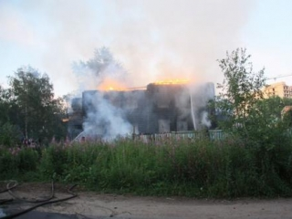 Это уже вторая мечеть, сгоревшая во время рамадана в России