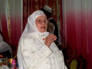 Путин поздравил самую известную мусульманку Татарстана с юбилеем
