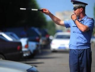 Сотрудники Гоставтоинспекции заранее просят водителей продумать альтернативный маршрут