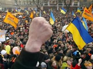 Левада-центр: все меньше россиян симпатизируют Украине