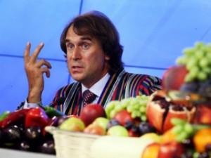Сенатор Лисовский нашел альтернативу химическим фруктам из Европы
