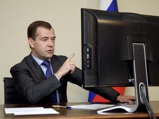 Эльдар Муртазин назвал причину взлома аккаунта Медведева