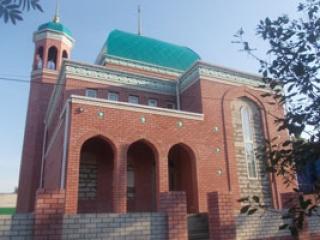 В мечети необходимо произвести отделочные работы