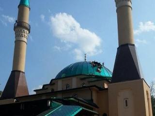Мечеть Донецка с пробитым куполом